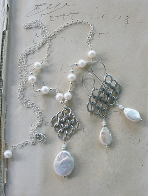 The Larissa Necklace
