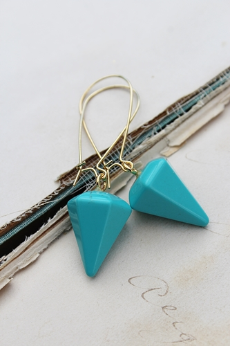 Turquoise or Black Agate Point Earrings - The Jenna Earrings