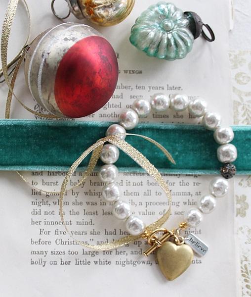 Vintage Glass Pearls and Heart  Locket Bracelet - The Believe Bracelet
