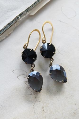 Black and Gray Vintage Drop Earrings