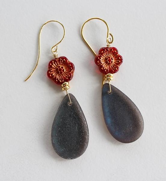 Vintage Glass Flower Drop Earrings - The Brooke Earrings