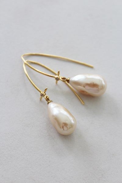 Miriam Haskell Creamy Glass Pearl Drop Earrings - The Paige Earrings