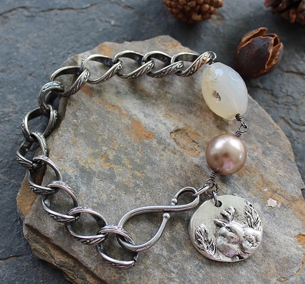 Agate, Glass Pearl and Chain Bracelet -  The Robin Bracelet