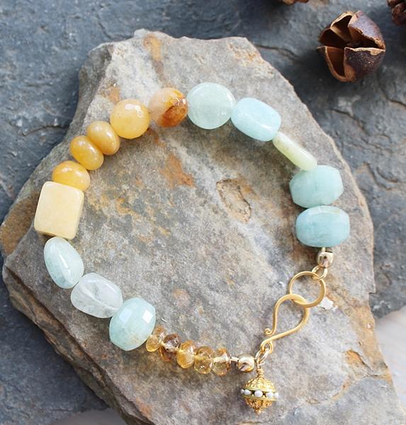 Aquamarine and Agate Bracelet - The Alanna Bracelet