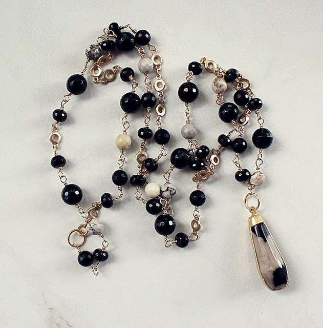 Black and White Lace Agate Pendant Necklace - The Laney Necklace