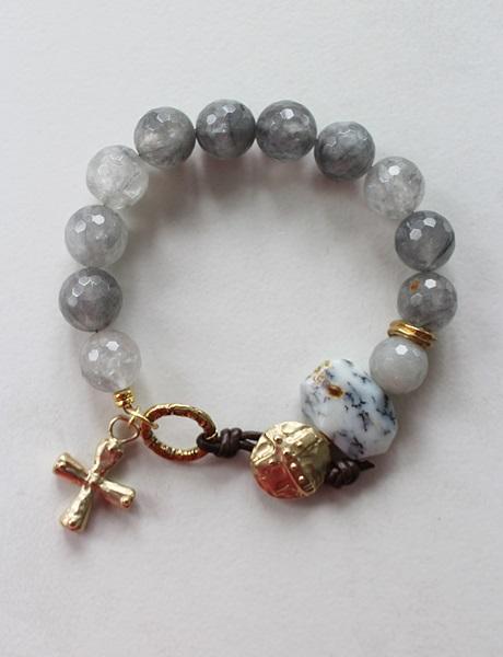 Gray Agate and 5 Point Cross Bracelet - The Chosen Bracelet