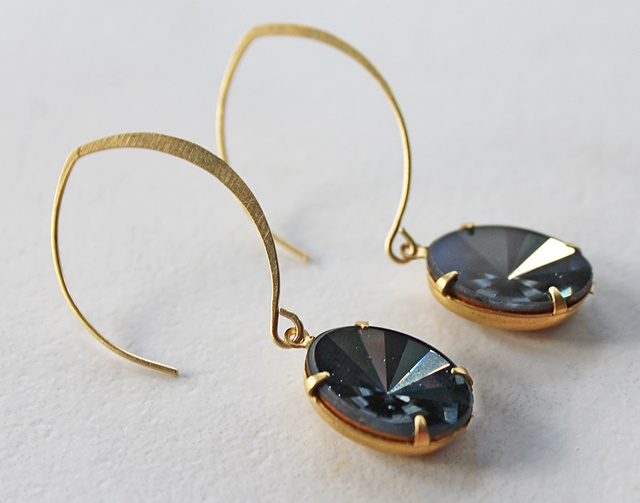 Vintage Cabachon Earrings - The Bella Earrings