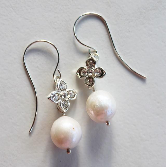 Rhinestone and Fresh Water Pearl Earrings - The Tova Earrings