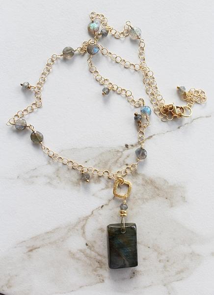 Labradorite Pendant Necklace - The Adele Necklace