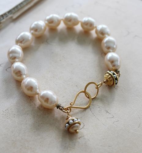 Miriam Haskell Glass Pearl Vintage Bracelet