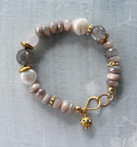 Moonstone and Fresh Water Pearl Bracelet - The Finley Bracelet