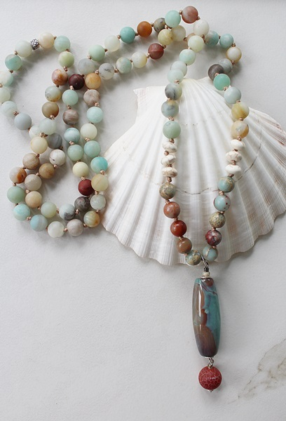 Matte Amazonite Knotted Necklace with Agate Pendant - The Santa Cruz Necklace