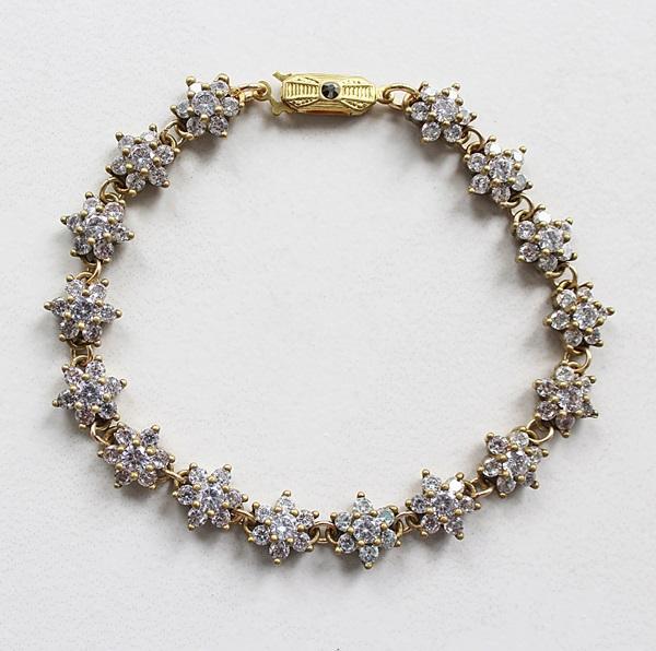 Vintage Flower Rhinestone Bracelet - The Claire Bracelet