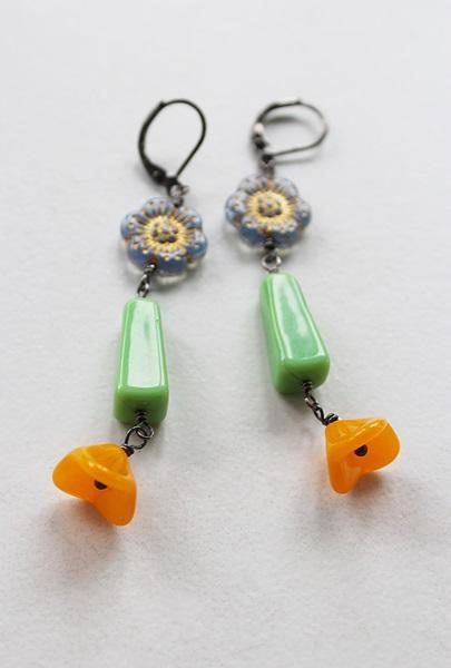 Vintage Glass Flower Trio Earrings - The Lindy Earrings