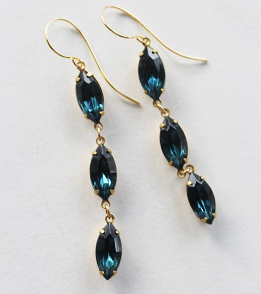 Vintage Montana Glass Drop Earrings - The Gladys Earrings