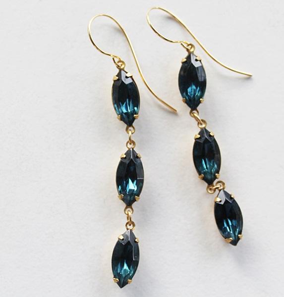 Vintage Montana Glass Drop Earrings - The Gladys Earrings