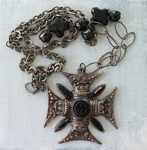 Maltese Cross Necklace - The Pietra Necklace