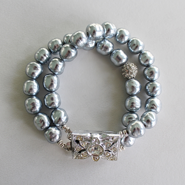 Vintage Miriam Haskell Dove Gray Glass Pearl Silver Bracelet