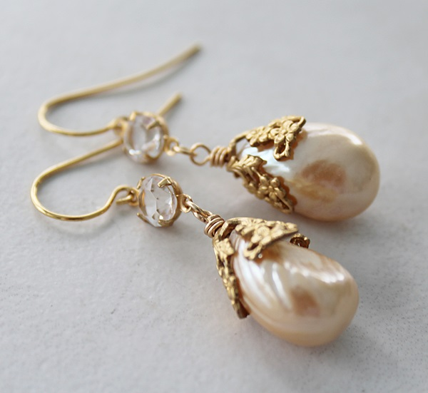 Vintage Miriam Glass Pearl Earrings - The Evie Earrings