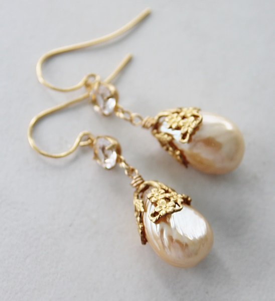 Vintage Miriam Glass Pearl Earrings - The Evie Earrings
