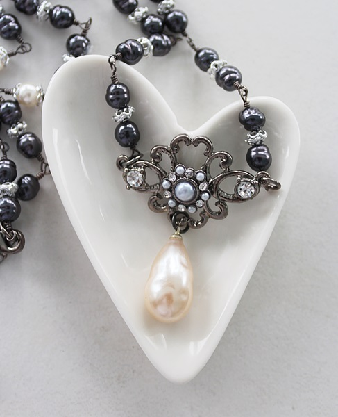 Vintage Glass Pearl and Rhinestone Pendant Necklace - The Genevieve Necklace