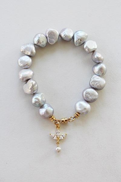Dove Gray Fresh  Water Pearl Bracelet - The Catherine Bracelet