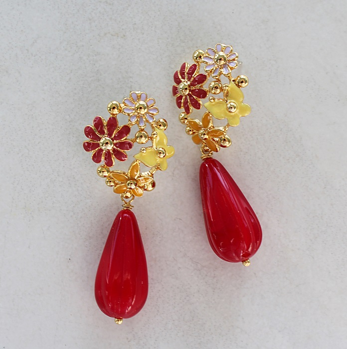 Vintage style Red Metal Flower Earrings - The Betty Ann Earrings