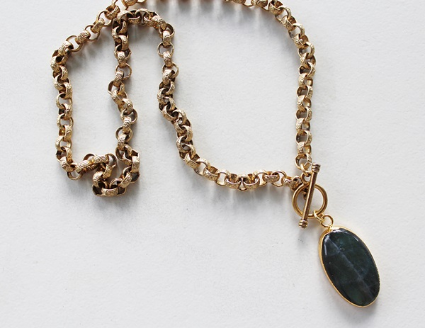 Labradorite Oval Pendant on Gold Rolo Chain - The Jaclyn Necklace