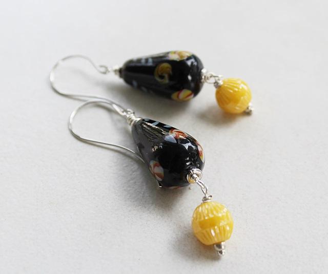 Vintage Japanese Black & Yellow Glass Earrings - The Dojo Earrings