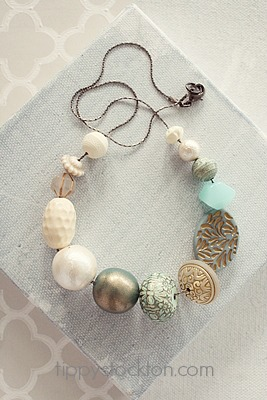 Market Day Vintage Necklace - Cream and Aqua