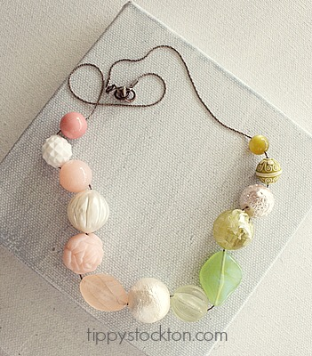 Market Day Vintage Lucite Necklace - Pink and Green